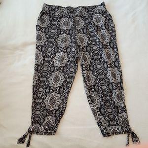 Culotte-length pants